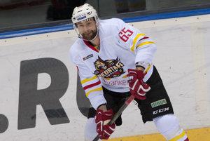 Tomáš Marcinko si v uplynulej sezóne obliekal dres Červenej hviezdy Kchun-lun.