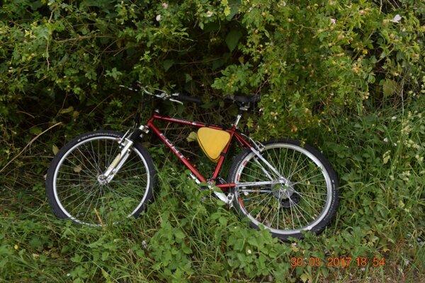 Dôchodcov bicykel po nehode.