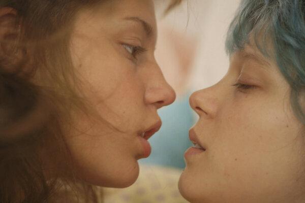 Záber z filmu Život Adele, ktorý získal Zlatú palmu v roku 2013.