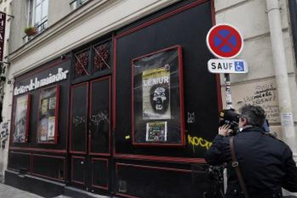 Francúzsky komik bude môcť vystúpiť.