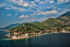 Turistický sprievodca na dovolenku v Čiernej Hore.