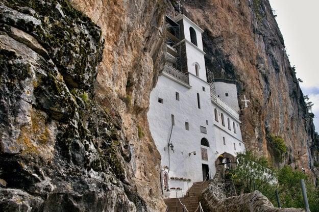 Unikátny kláštor Ostrog.