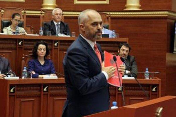 Albánsky socialistický premiér Edi Rama.