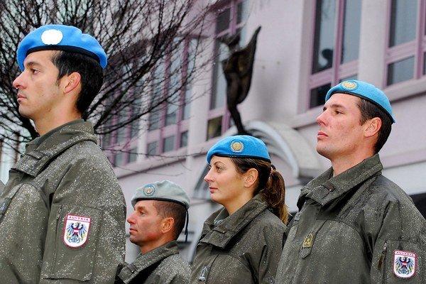 Rakúsko má stále povinnú vojenskú službu.