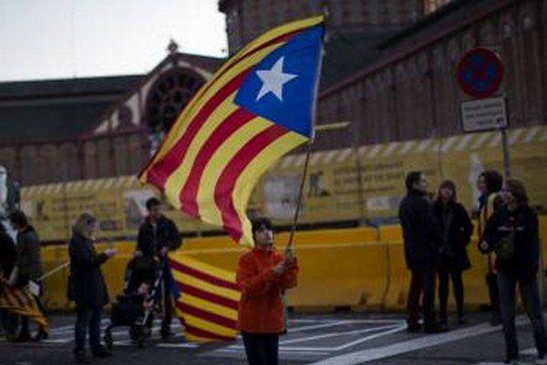 Katalánci sa usilujú o nezávisloť.