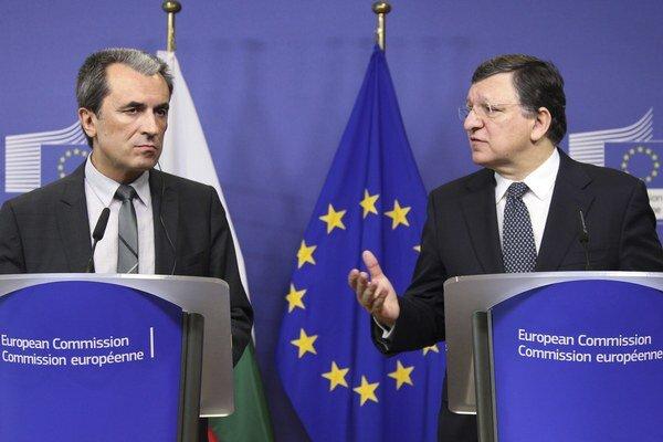 Bulharský premiér Plamen Orešarski a predseda Európskej komisie José Manuel Barroso.