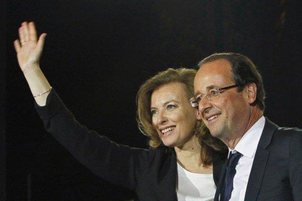 Valérie Trierweilerová a Francois Hollande.