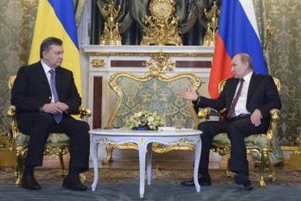 Ukrajinský prezident Viktor Janukovyč a ruský prezident Vladimír Putin.
