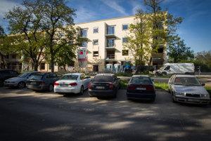 Prestavba bývalej ubytovne Dimitrovky na Odborárskej ulici na byty.