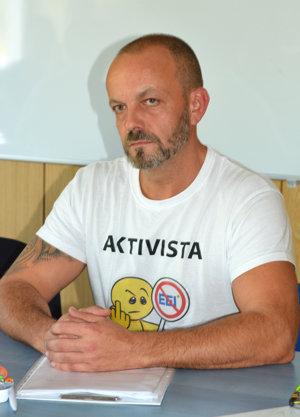 Aktivista Henrich Burdiga.