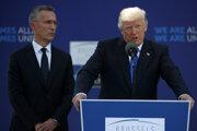 Generálny tajomník NATO Jens Stoltenberg a americký prezident Donald Trump.