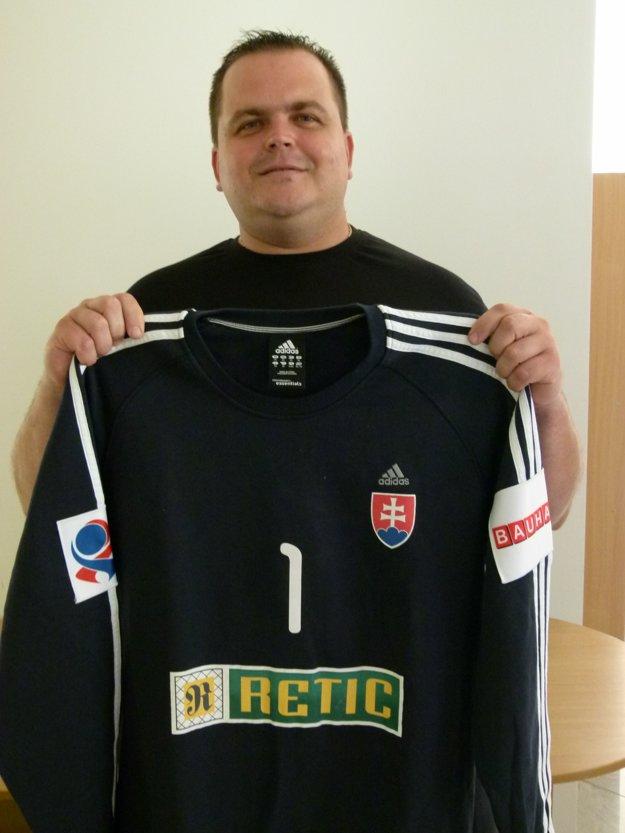 Jozef Javorek obsadil druhé miesto a tešil sa z reprezentačného dresu Miloša Puteru.