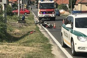 Nehoda sa stala v Tesárskych Mlyňanoch.