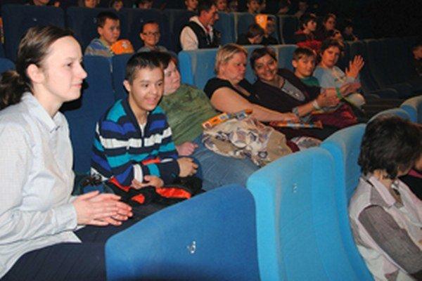 Rozprávku v kine si vychutnala viac ako stovka detí.