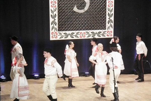 Jeden z tancov Dúbravčeka.