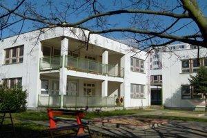 Rekonštruovať majú aj materskú školu na Okružnej ulici.
