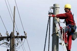 Počas týchto dní sa musia niektorí obyvatelia kysuckých obcí Klokočov, Korňa, Staškov a Olešná zaobísť bez elektriny.
