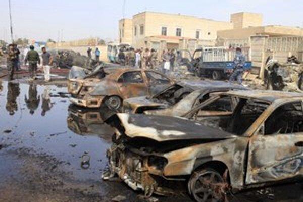Sektárske násilie v Iraku neustupuje. Tri bombové útoky zabili len počas  minulého piatka najmenej 48 ľudí.
