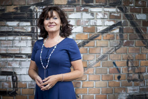 Iveta Kačkovičová pracovala ako detská sestra teraz sa popri práci finančného poradcu venuje sledovaniu stretávania sa rodičov s deťmi po rozvode.