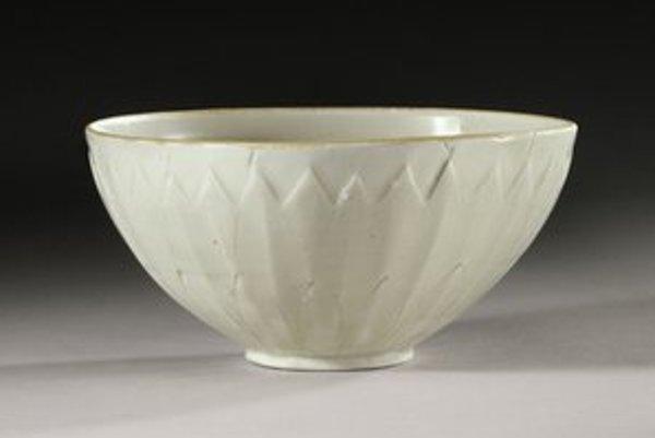 Tisícročná čínska miska z čínskej dynastie Sung.