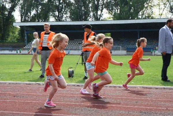 Novozámocká Detská Olympiáda vyvrcholila finálovým kolom na atletickom štadióne na Sihoti.