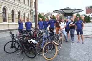 Na spustenie bikesharingu prišli aj cyklisti z iniciatívy Rozbicyklujme Nitru.