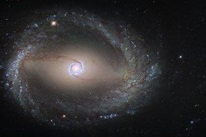 Galaxia NGC 1512.