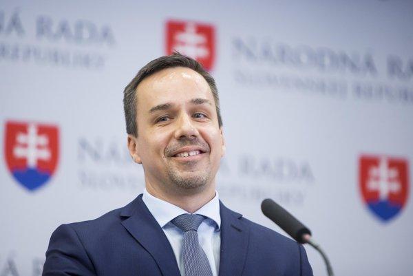 Poslanec a poradca premiéra Roberta Fica Erik Tomáš.