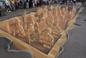 Ikonické dielo holandského umelca vzniklo v Sarasote na Floride v roku 2011 - uprostred americkej ulice sa ocitlo archeologické lego nálezisko. Inšpirovala ho čínska terakotová armáda.
