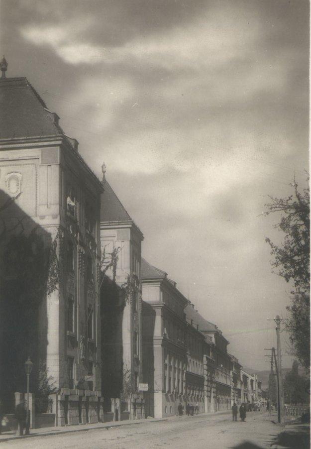 Rašínova, dnešná Štefánikova ulica v Košiciach.