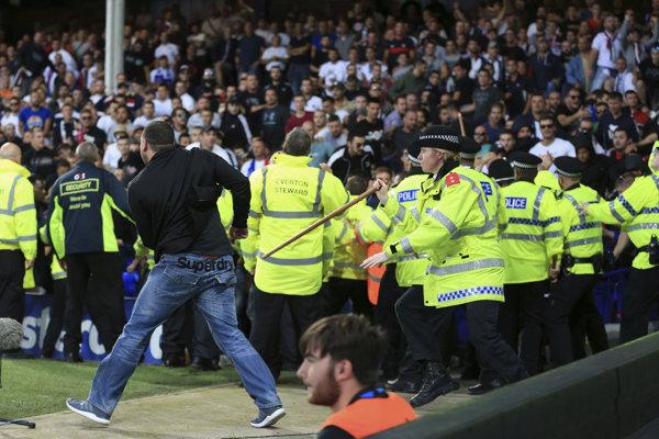 Usporiadatelia v Evertone mali plné ruky práce.