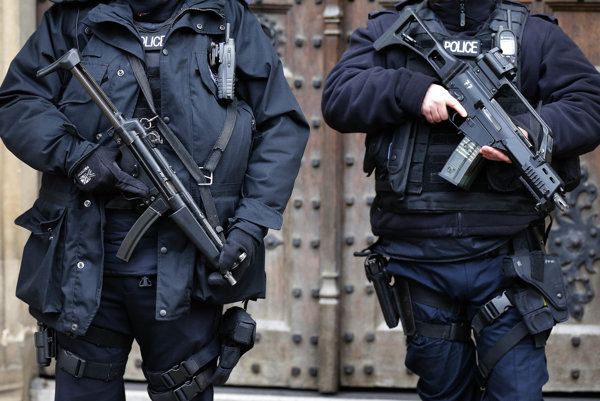 Európske metropoly v posledných rokoch sprísnili bezpečnostné opatrenia.