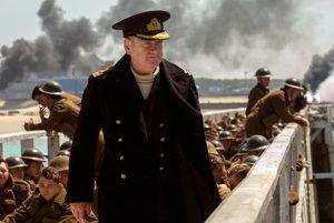 Kenneth Branagh vo filme Dunkirk.