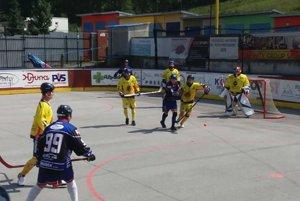 Hokejbalisti Kežmarku sa vrhli do letnej prípravy.