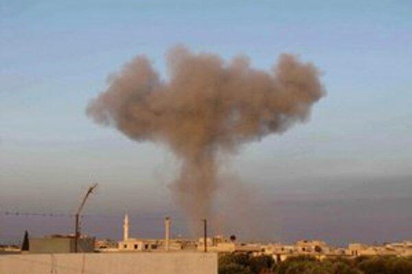 Lietadlá v stredu strieľali na robotnícke štvrte Damasku.