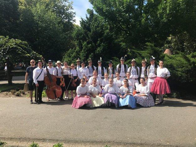 Východniari v Portugalsku. Predstavili tam náš folklór.