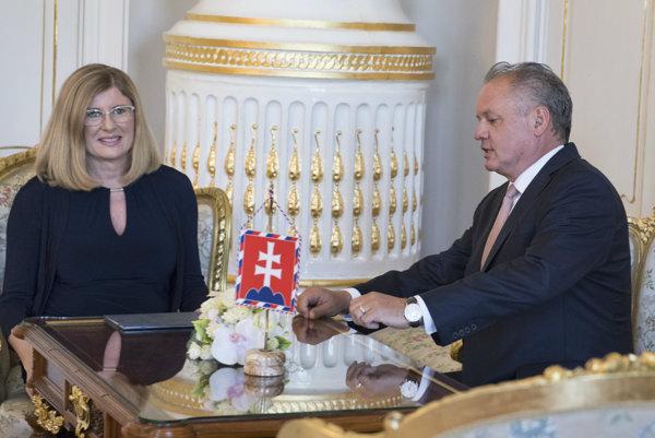 Kiska poveril vedením ministerstva školstva Gabrielu Matečnú.