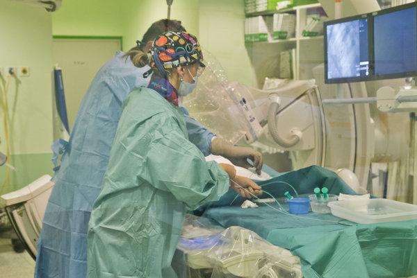 Odchádzajúci lekári smerujú do súkromného centra, ktoré bude v priestoroch nemocnice patriacej pod Pentu. Ilustračné foto