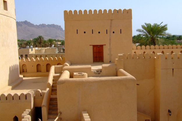 Pevnosť Nizwa patrí medzi najväčšie v Ománe.