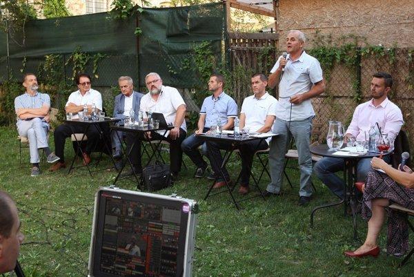 Z debaty kandidátov na župana v Banskej Bystrici.