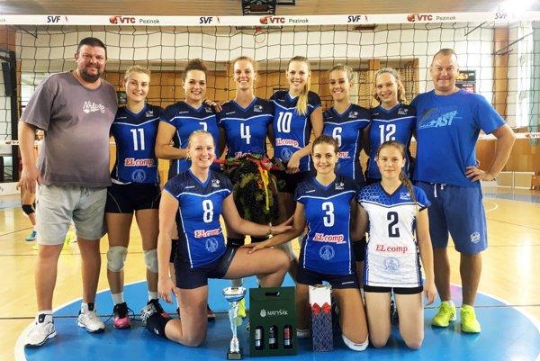 Ženy Volley project UKF Nitra triumfovali v Pezinku.