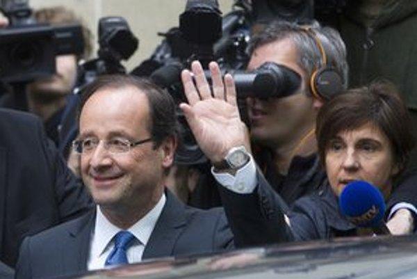 Hollande by podľa Turecka mohol nadviazať na éru Jacquesa Chiraca.