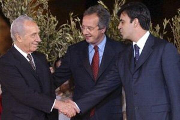 Muhammad Rašíd (vpravo) na fotografii z roku 2002.