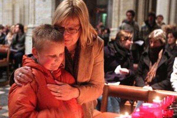 Spomienka na obete v Bruseli.