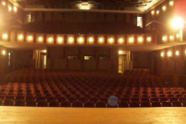 Predstavenie Divadla Astorka Korzo 90 uvedú v Kine Scala v pondelok o 19.00 hod.