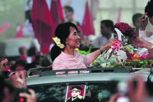 Su Ťij lákala na mítingoch množstvo ľudí.