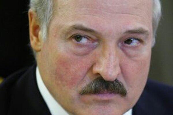 Lukašenko pustil svojho konkurenta na slobodu.