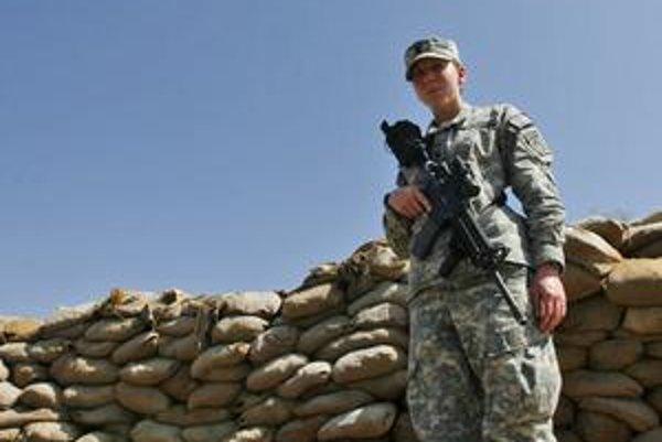 V americkej armáde slúži  200-tisíc žien.