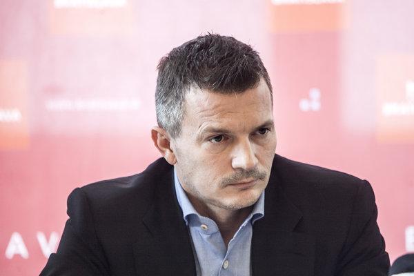 Exminister financií Smeru Ján Počiatel