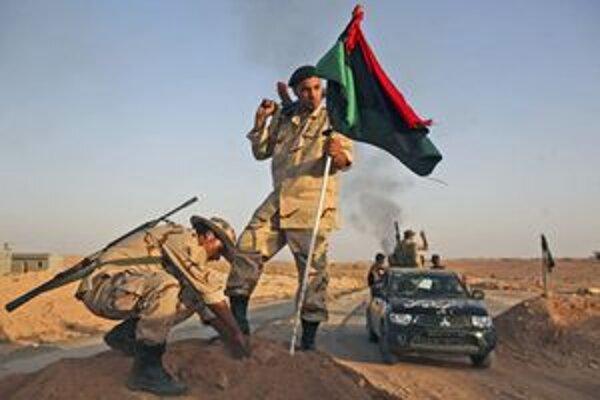 Baní Walíd obklopili jednotky bývalých povstalcov.